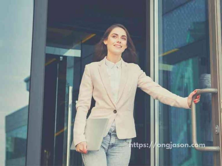 How To Build Confidence and Reduce Anxiety | Know the Right Ones